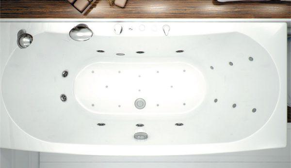 Акриловая ванна Aquanet Izabella 160х75 без гидромассажа в ванной комнате.