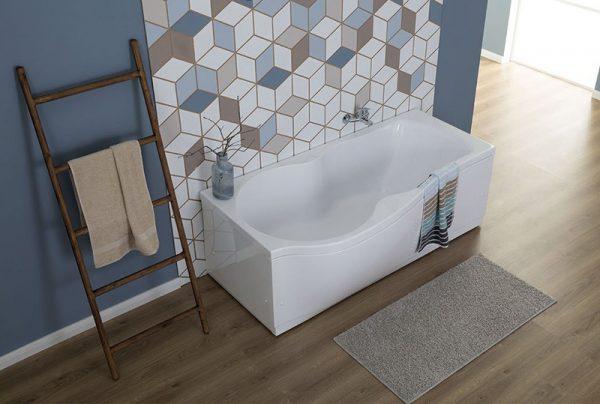 Акриловая ванна Aquanet Nicol 170х85 без гидромассажа L в ванной комнате.