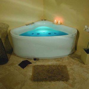 Фото товара Акриловая ванна Victory Spa Elegance 145х145 Без системы управления.